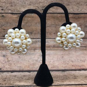 Vintage Large Faux Pearl Cluster Clip On Earrings